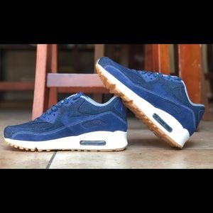 Details about Nike Air Max 90 SE Binary Blue Denim and Suede Womens Size 7.5